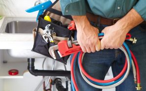 The Pros and Cons of Becoming a Plumber